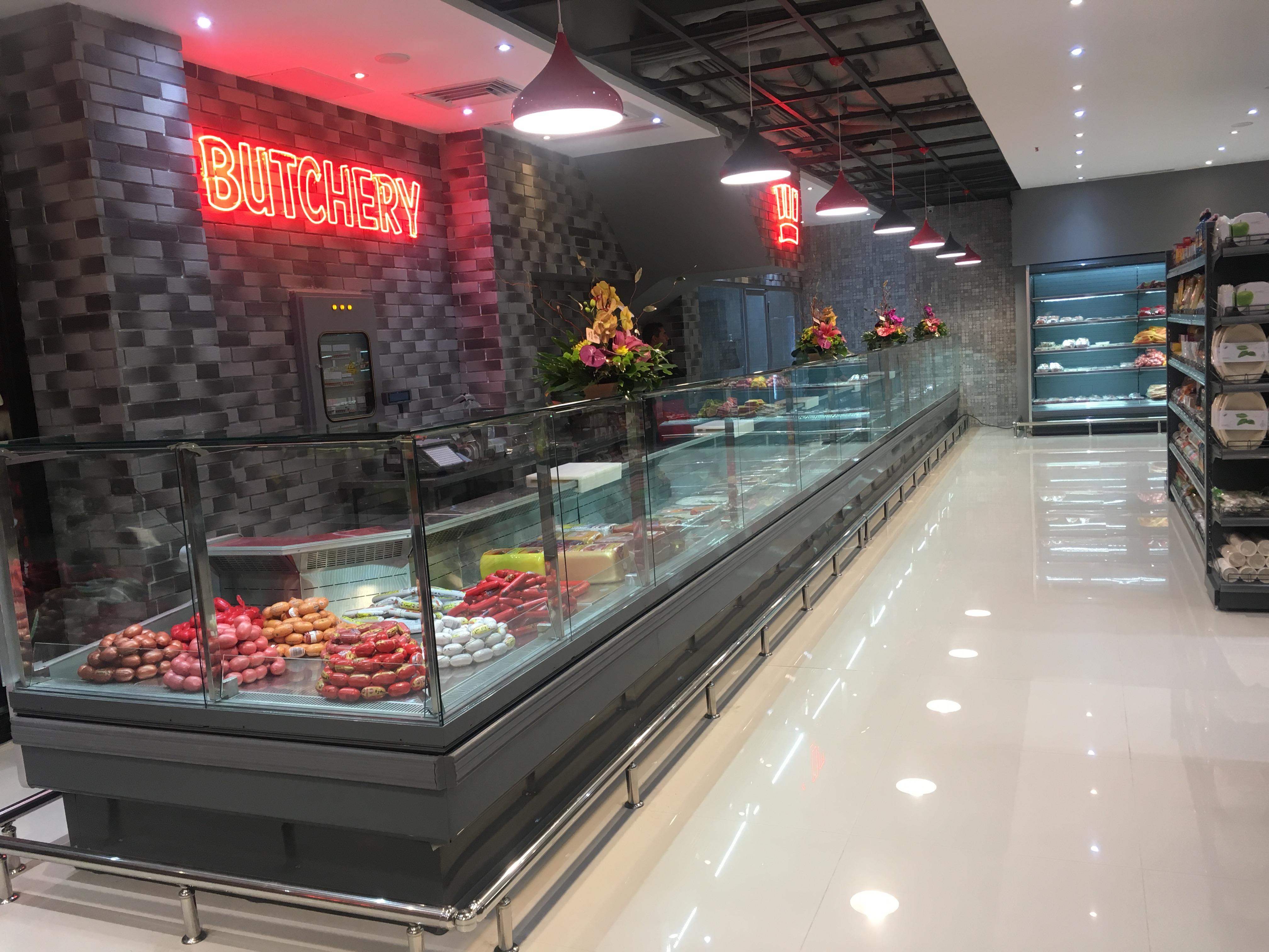 سینیور مارکت: این فروشگاه یک هایپر مارکت مدرن می باشد که دارای قسمت های مختلفی مانند فروشگاه مواد غذایی، کافه، قصابی، نانوایی، غذای خانگی ، قسمت فروش سبزیجات پاک شده،