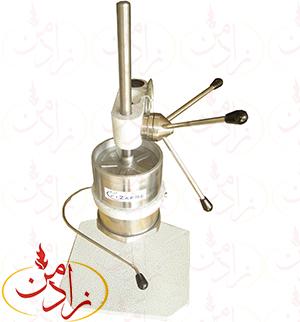 بامیه زن دستی:یکی از شیرینی های قدیمی و سنتی بازار ایران زولبیا بامیه می باشد. ابتدا می پردازیم به تهیه ی بامیه.